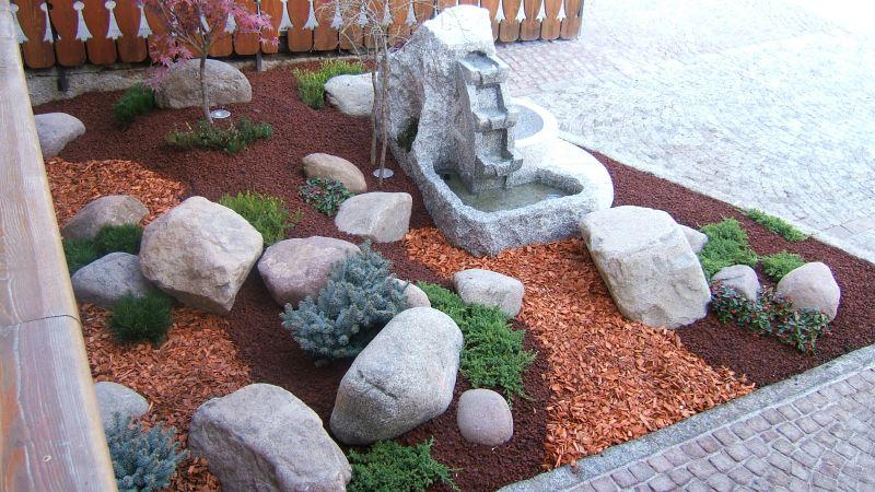 Progettazione aiuole giardini for Progettazione aiuole